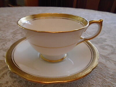 Aynsley Elizabeth Scalloped Teacup And Saucer