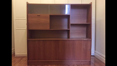 Mid Century Style Buffet/ Cabinet/ Sideboard