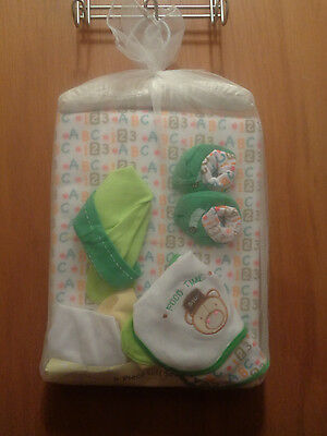 Snugly Baby 9 piece gift set Hat Mittens Booties Blanket  2 Bibs FREE SHIPPING