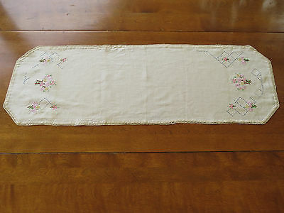 Antique Linen Table Runner Hand Embroidered Embroidery Flowers Lace Edge Hexagon