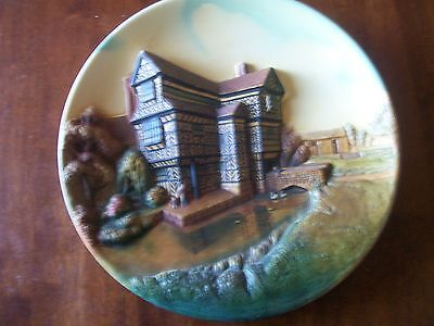 """PERFECT  CONDITION  VERY  RARE  BOSSONS  WALL PLAQUE  """"MORETON  HALL"""" 13  inch"""