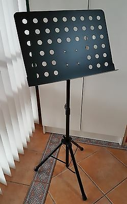 GEARLUX Collapsible Music Stand Adjustable height brand new in box