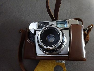 Appareil photo VINTAGE AGFA Color Ia  agnar optima 1 : 2.8 /4 avec ETUI Kamera