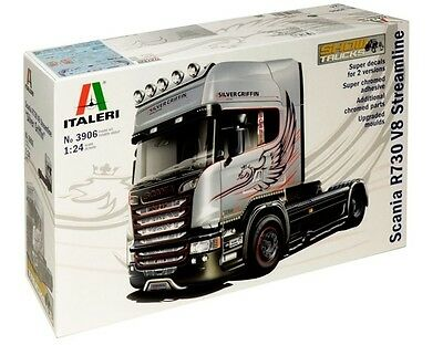 Italeri: 1:24 Scania V8 Streamline (Silver Griffin) - Model Kit