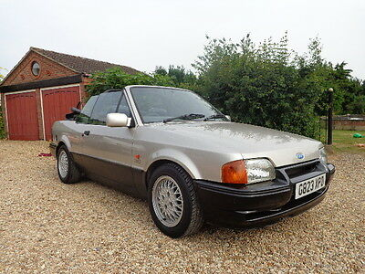 1990 Ford Escort 1.6 XR3i Convertible. Limited Edition Model MOT MAY 2108
