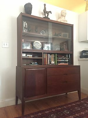 Mid Century Walnut United Hutch Credenza Glass Danish Style Vintage Cabinet