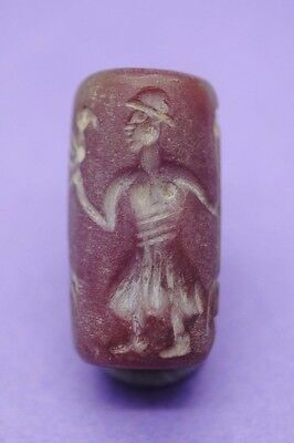 Nice carnelian carved seal with zoomorphic scene impression