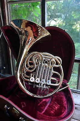 BELLTONE DOUBLE FRENCH HORN! Bb & F NICE PACKAGE! PLAYS GREAT! $450