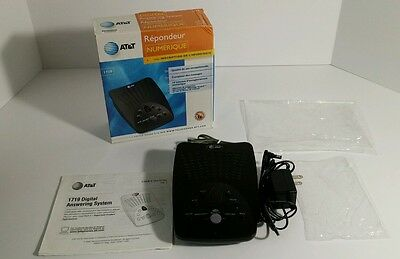 AT&T Answering System with time day stamp 1719