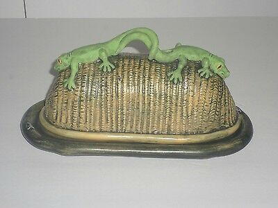 RARE 1996 Tom Hatton Lizard, Gecko Ceramic 3D Butter Dish Nature Rules VGC
