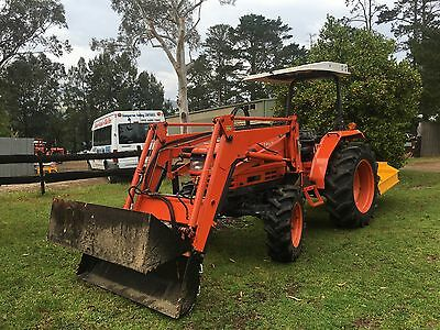Daedong DK45 HP 4x4 Farm Tractor 4in1 Bucket Brand New Slasher