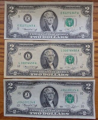 Lot Of 3 - Us Federal Reserve Note $2 Bills Circulated Series 1976