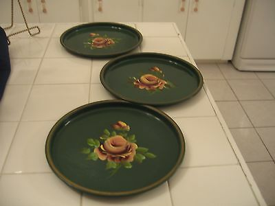 Beautiful Set Of 3 Vintage Green Tole Ware Hand Painted Floral Rose Round Trays
