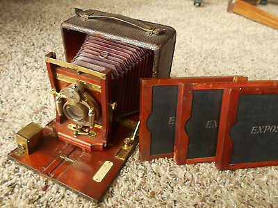 Antique Plate UNICUM Wood Camera / Bausch & Lomb Lens, 3 Plates & Carrying Case
