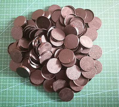 Lot-Of-100-25mm-Round-Bases-For-wargames-table games