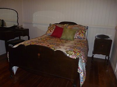 Antique Furniture - Silky Oak - Complete Bedroom Suite
