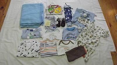 Baby clothes for boy size mostly 00 some 000