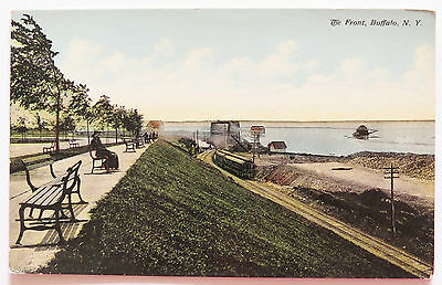 ST41 - Buffalo New York NY postcard - The Front - Train 1910s