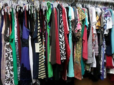 Womens Plus Size Clothing Mix Wholesale Lot Resale Consignment Thrift 50 Pieces!