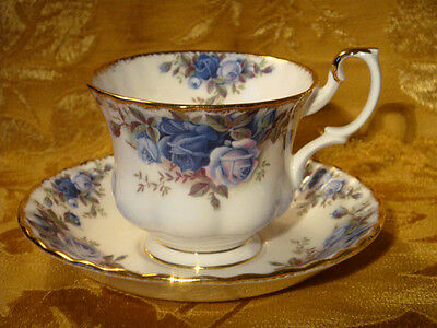 "Royal Albert ""moonlight Rose"" Tea Cup & Saucer Gold Trim Made In England"