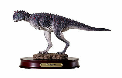 Carnotaurus Dinosaur Sculpture Fleshed Model 1:35 Scale DinoStoreus