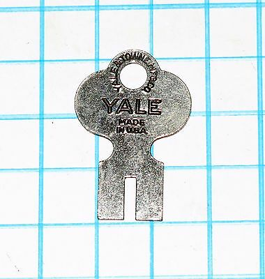 Vtg Antique Old Yale Lock Co. 6 Six Lever Padlock Uncut Flat Split Bit Key Blank