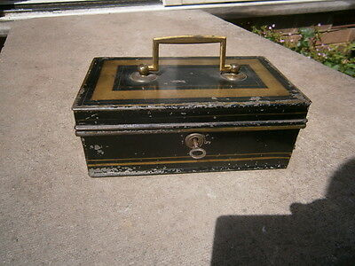 VR Victorian  Cash Tin / Money Box With Key!!,