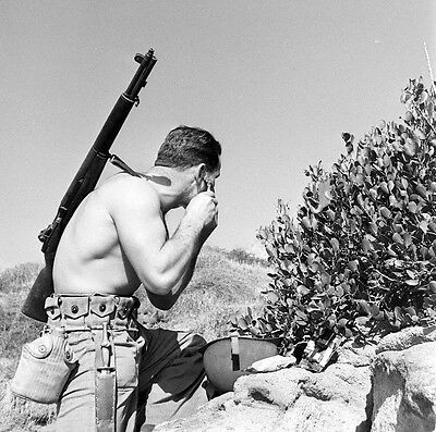 WWII B&W Photo US Marine Raider M1 Garand Rifle USMC  World War Two WW2 /1294