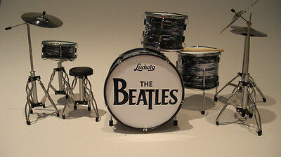 RGM318 Ringo Starr Beatles Miniature Drum kit