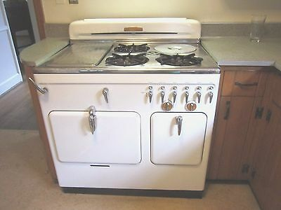 Vintage 1950's Chambers Model 61 C Gas Stove