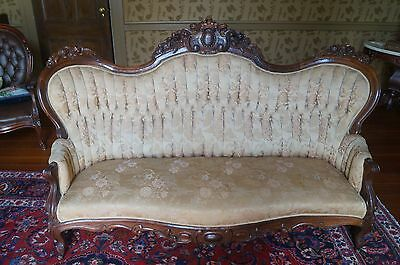 Victorian ROSEWOOD Carved Rococo Sofa - Belter Style