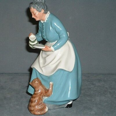 """Royal Doulton Figurine """"the Favourite"""" Hn2249 First Quality"""