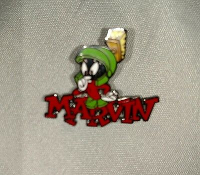 Super Rare*wb 1999 Marvin The Martian Enamel Pin*'marvin' In Red*warner Brothers
