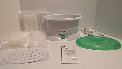Revlon Spa MoistureStay Paraffin Bath Model RVS1213 Fast Heat-Up 3lbs Wax