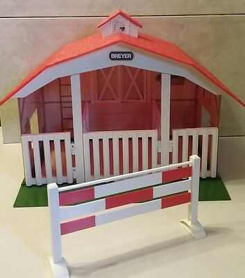 Breyer 3 Stall Barn Stable Swinging Doors CLASSIC BARN (720650)