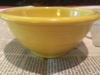 Yellow Shawnee Snowflake  5 Inch Mixing Bowl Excellent Condition