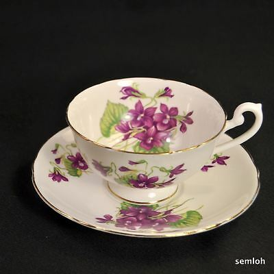 SHELLEY Footed Scalloped CUP & SAUCER Purple VIOLETS Green LEAVES 1963-1966 GOLD