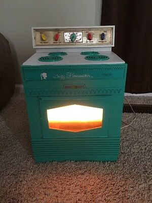 Vintage 1960's Suzy Homemaker Teal Stove Toy Oven Working!!