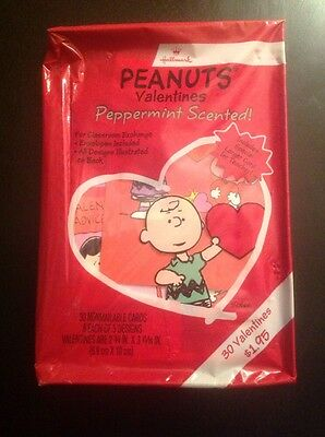 VINTAGE 1990's HALLMARK PEANUTS PEPPERMINT SCENTED 30 VALENTINES DAY CARDS