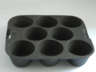 Wagner Ware Cast Iron 8 Muffin Popover Pan Tray 1336 USA