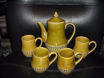 Vintage 1960's Avocado Green Teapot And 4 Mugs Set Made In Japan