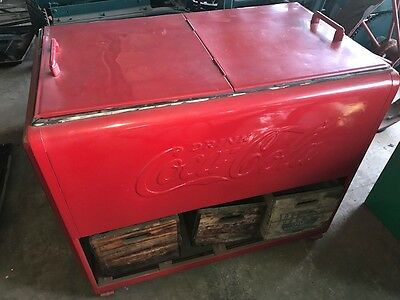 1930s COCA-COLA ANTIQUE GAS STATION ICE COOLER DISPENSER COLLECTABLE NICE CLEAN