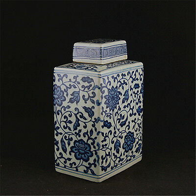 Chinese Asian Blue and White Antique Porcelain Pot Decorative Square Jar #117