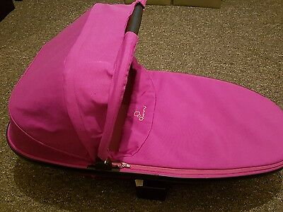 Quinny Foldable Carrycot Pink Passion Fits On Buzz Moodd