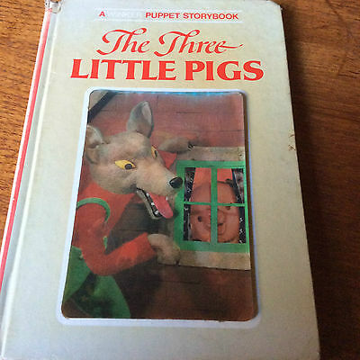 The Three Little Pigs.book.winker Puppet Storybook.1970