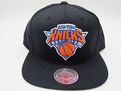 2ba806606ed New York Knicks Black Wool Mitchell   Ness NBA Retro Throwback Snapback Hat  Cap