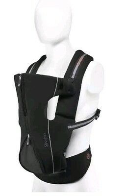 Cybex Baby Carrier in Classic Black  Model!!