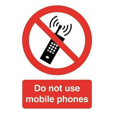 Safety Sign Do Not Use Mobile Phones A5 PVC PH01051R [SR11192]