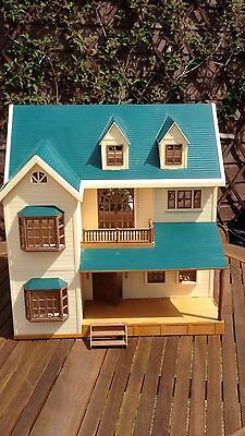 SYLVANIAN FAMILIES OAKWOOD Manor / House On The Hill - £58 ...