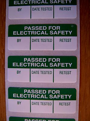 100 Pat Testing Labels  40mm x 15mm